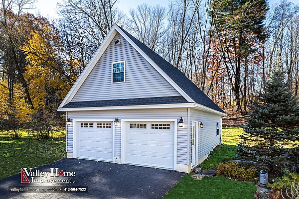 Easthampton 2-Car Garage